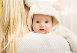 Soigner mon bébé avec des huiles essentielles ?
